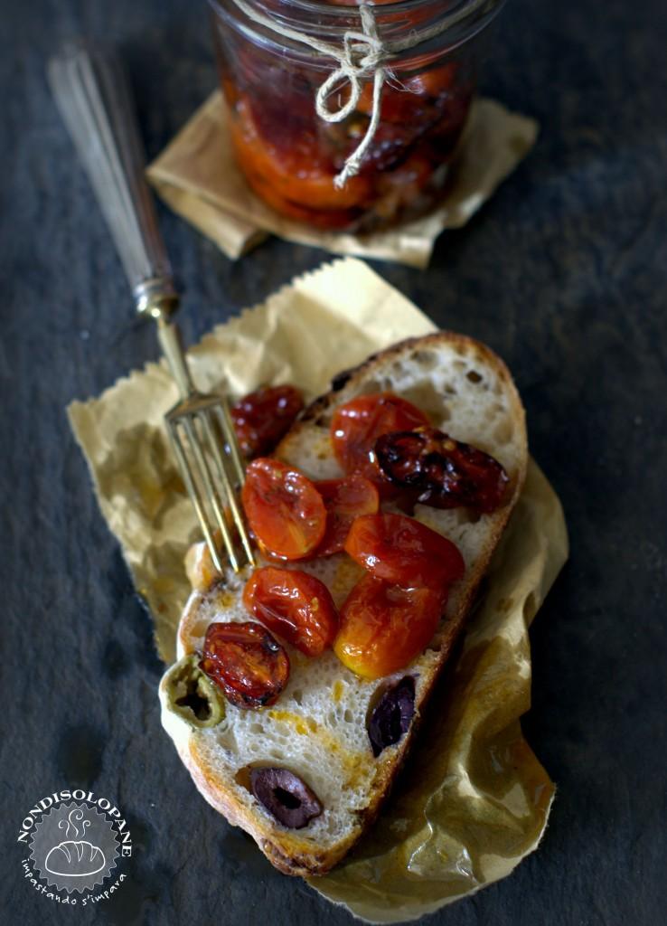pane miracolo olive acciughe limone e timo1