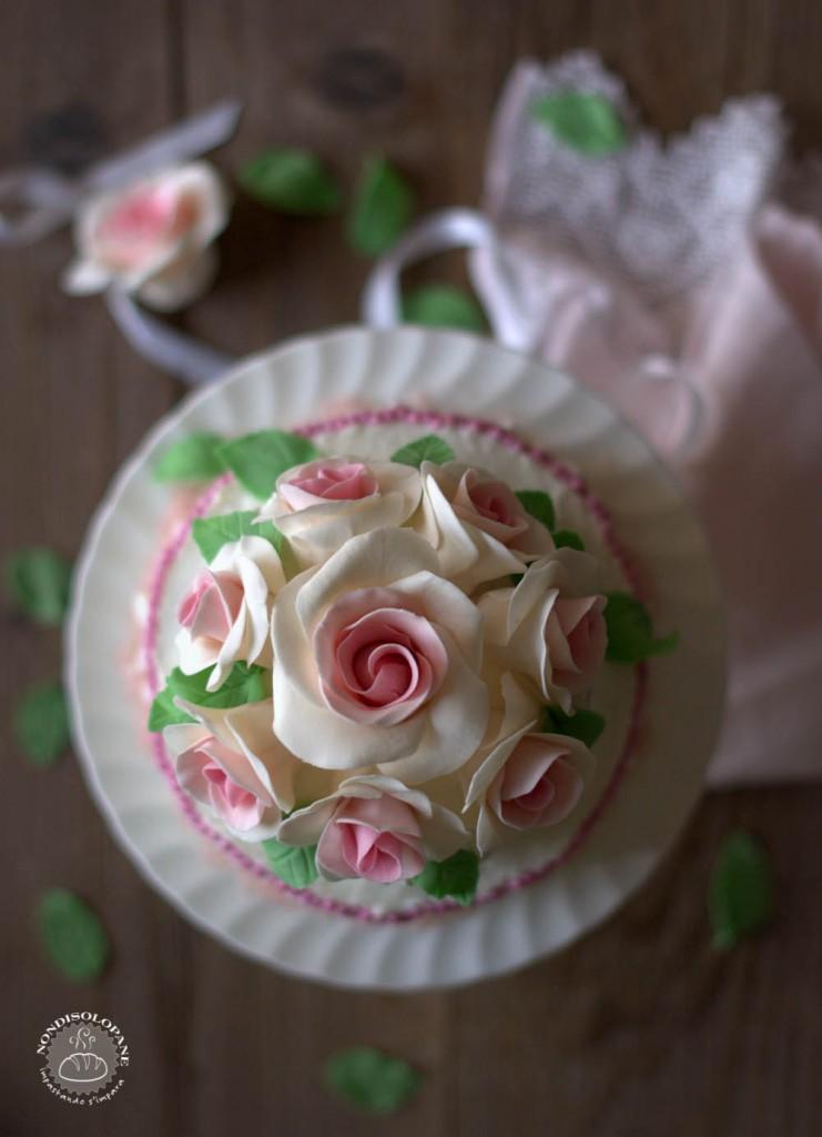 white rose cake-1